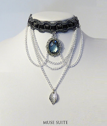 Snow Queen choker -Baroque choker - victorian choker with cameo and leaf