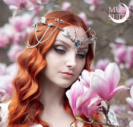 Elven Tiara, leaves steampunk crown, Elf crown,leaf Queen elvish hairdress- gold