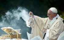 The Catholic Defender: Bowing is a sign of showing respect