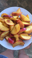 Pan-fried peach salad