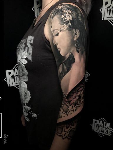 Geisha Arm.jpg