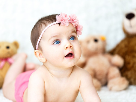 10 Must-Know Things Before You Buy Your Baby Girl Clothes