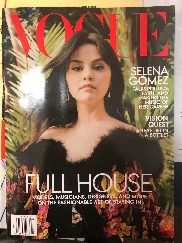Vogue Magazine April 12 Selena Gomez Cover   tristategotit