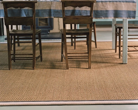 Seagrass Rug made from Seagrass Basketweave SBW with Linen Twill Vanilla Border LT4 and Sky Piping COR7