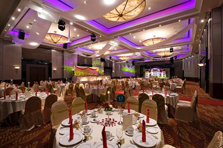 ballroom_wedding-1jpg