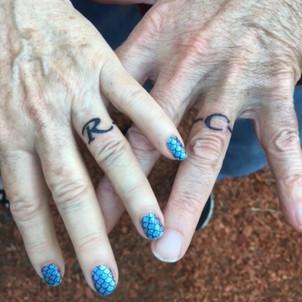 Finger adornments