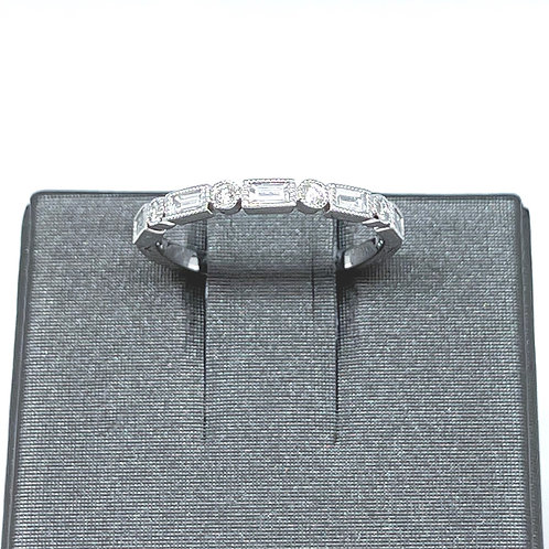 .33ctw 14k Round and Baguette Diamond Band