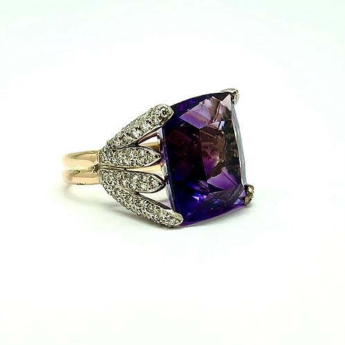 14k And Platinum 24 Carat Amethyst Ring