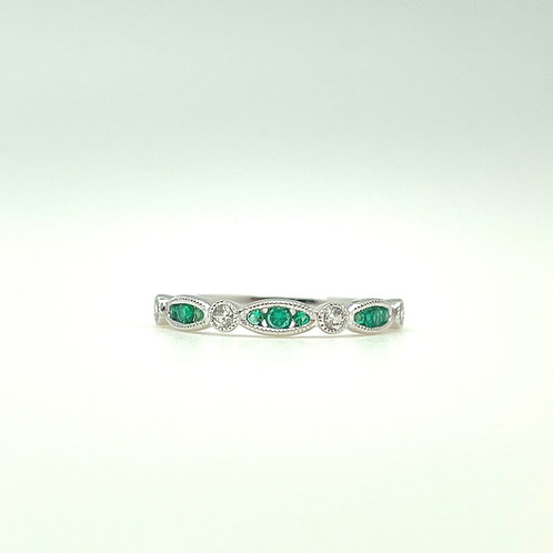 14k Stackable Emerald And Diamond Band