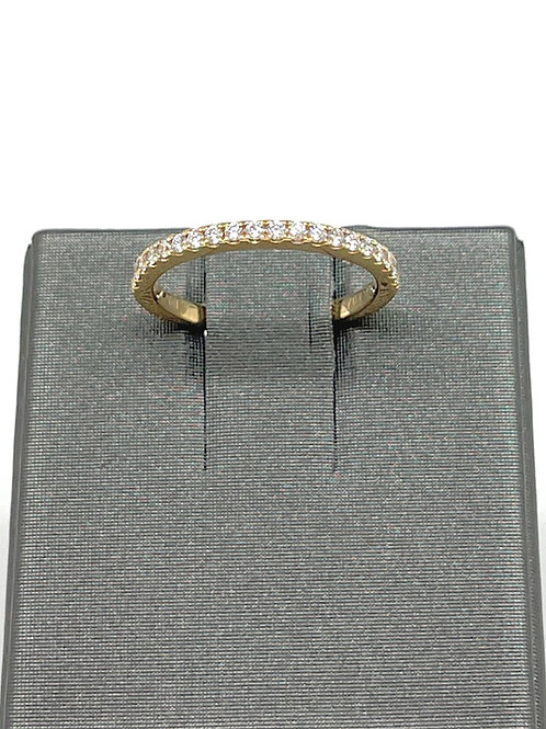 .25ctw 18k Shared Prong Diamond Band