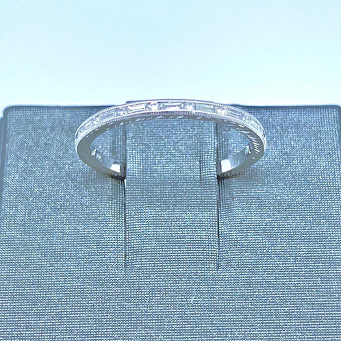 .22ctw 14k White Gold Band
