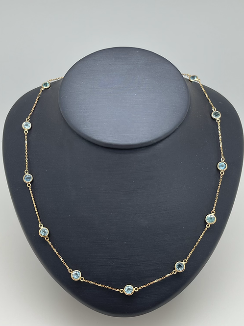 Tresor 18k Aquamarine Necklace