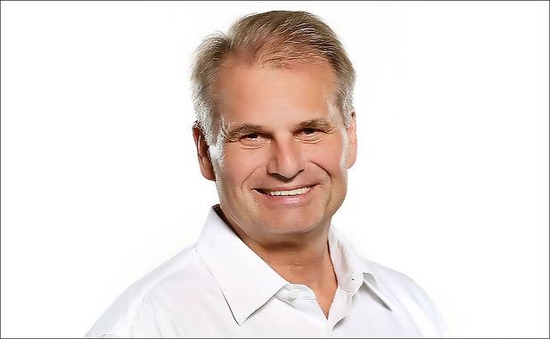 Dr. Reiner Fuellmich