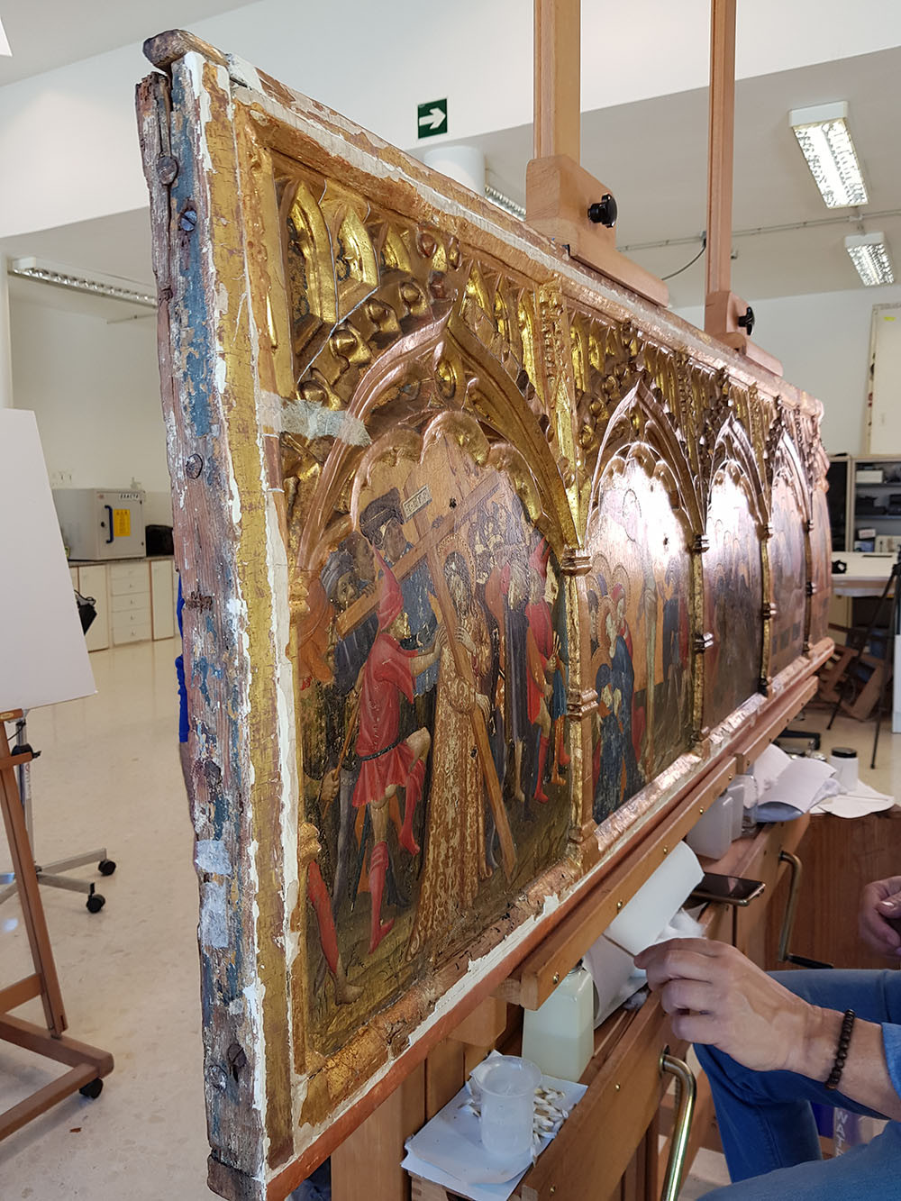 Conservation of the altarpiece of St George at The V&A