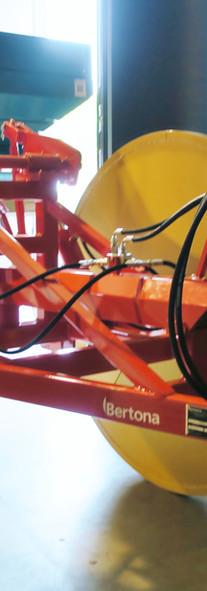 carrello porta spandiconcime2.JPG