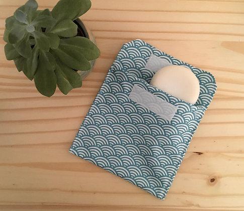Pochette à savon - motif sushi bleu