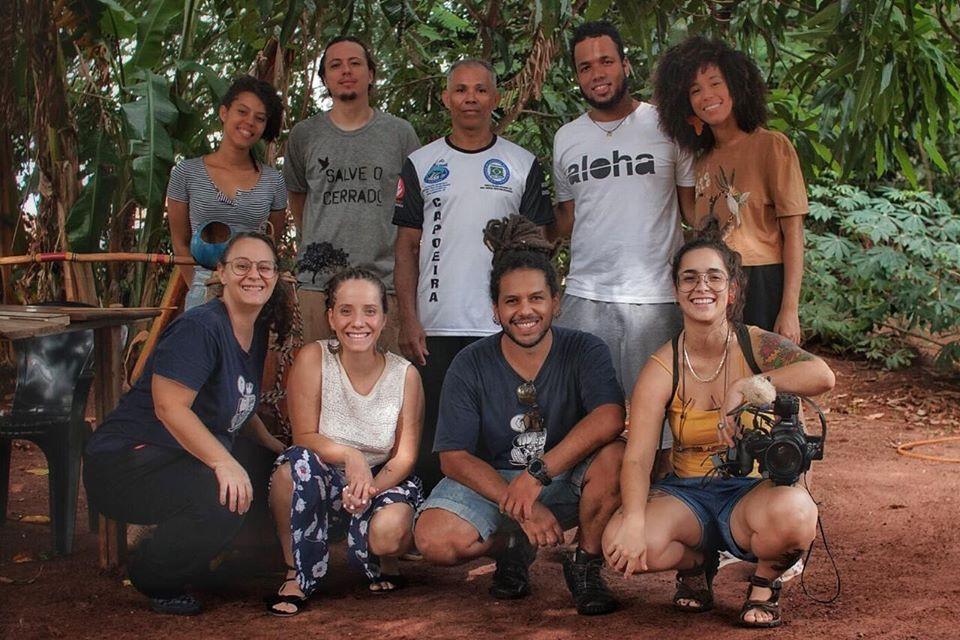 Parte da equipe da Incubadora Caipira formada por membros do Coletivo Fuligem e Jovens Pesquisadores