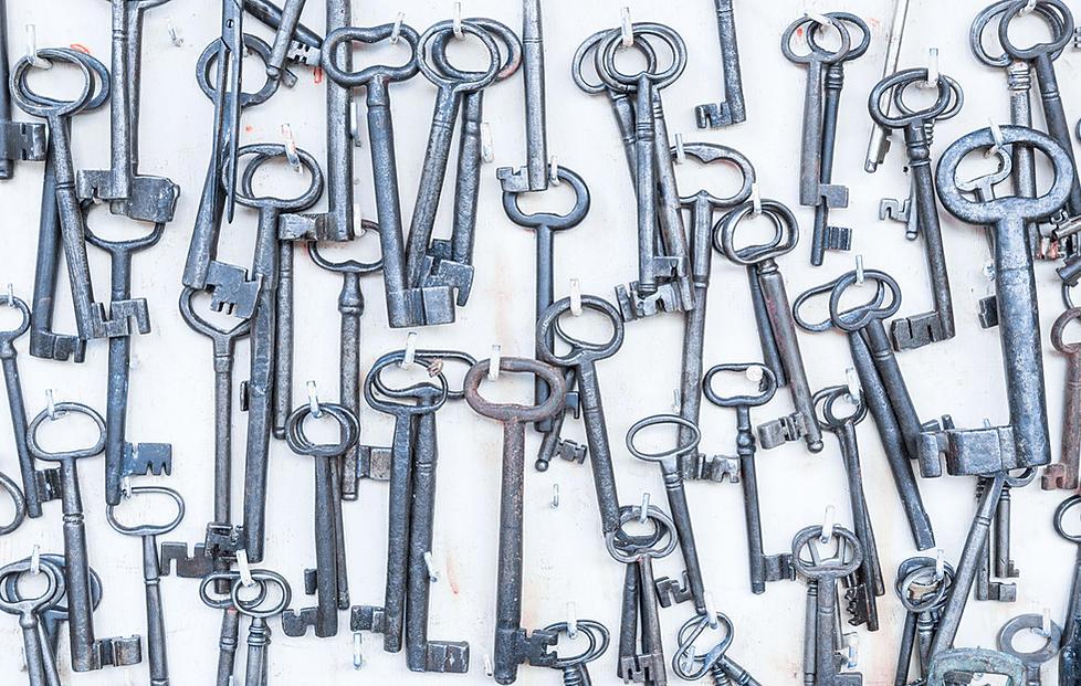 Arrezzo Antique Market Keys