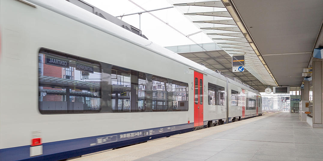 Antwerp Train / Antwerpen Trein