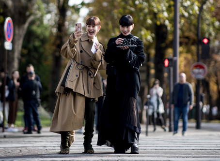 Covering the streets of the Paris Fashion Week Spring 2020