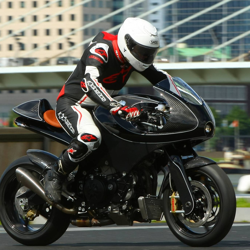 VanderHeide motorcycle riding
