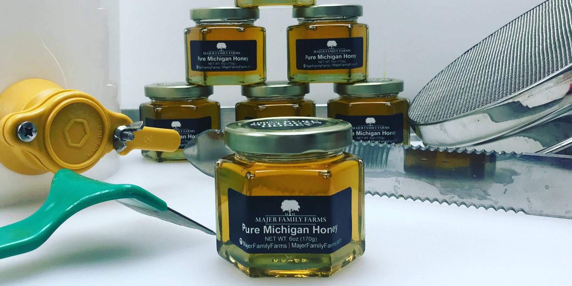 100% Pure Raw Michigan Honey