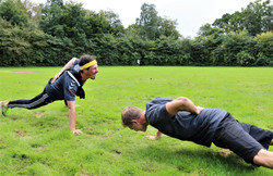 Onehanded pushups