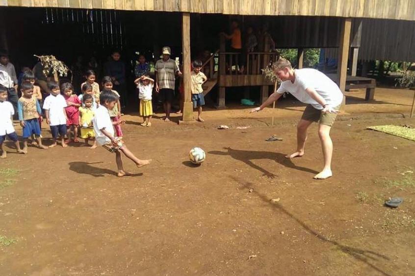 Besøg hos Planfadder i Cambodja