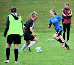 Barske fodboldpiger