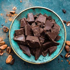 6 Reasons To Eat Dark Chocolate For Better Skin