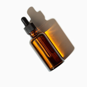 What is Vitamin C Serum & How Can You Use it For Brighter Skin?