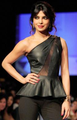 Priyanka Chopra LIFW Reliance Trends