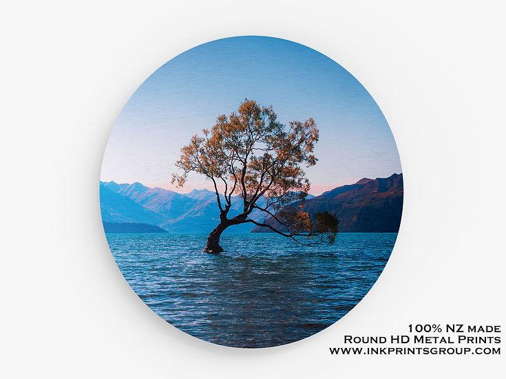 Blue Lake Wanaka Tree Large Round HD Metal Print. Landscape M0013