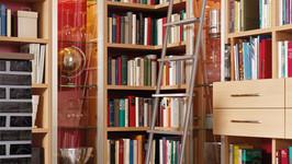 MWE Vario Schiebeleiter Klassik mit Edelstahlstufen und Gelenk-Tellerfüßen