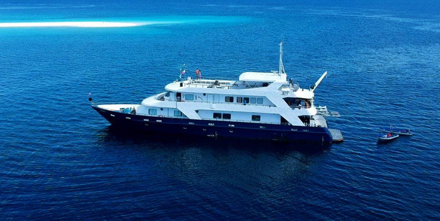 Boat-e1564059586709.jpg