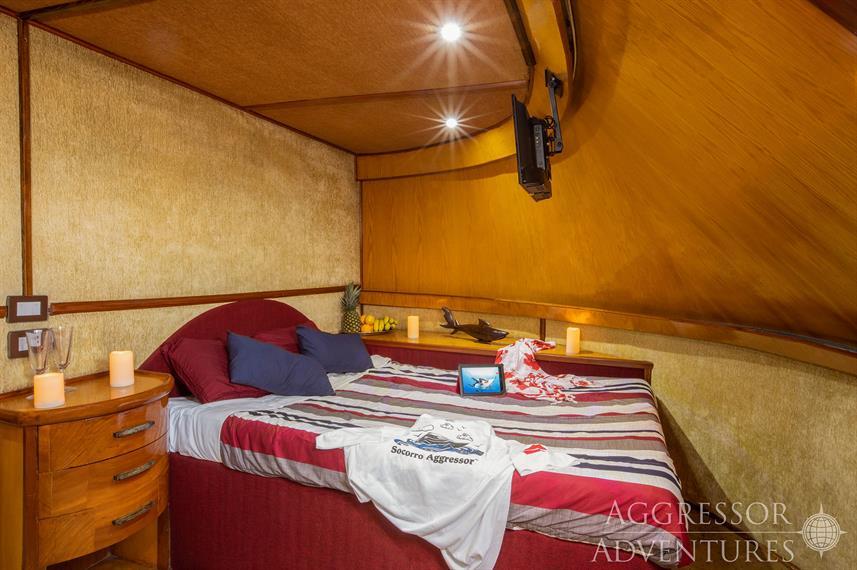 sa-yacht13w857h570crwidth857crheight570