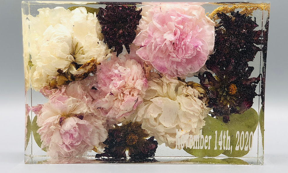Rectangle resin block bridal bouquet preservation