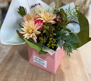 fresh_flower_arrangements