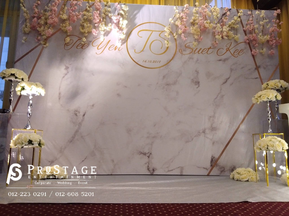 Marble theme and flower photobooth