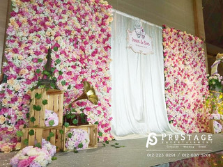 Flower Themed Photobooth + Instant Print