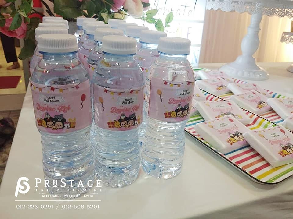 Theme bottle design