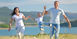 Doğadaki Mutlu Aile