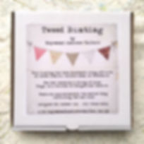 Boxed bunting