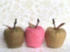 Tweed apples