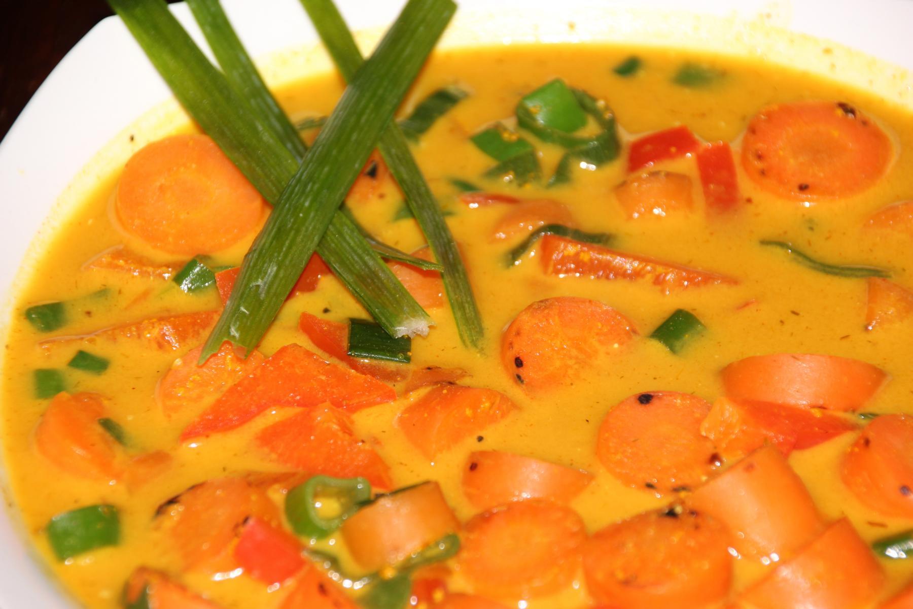 Karottensuppe klein (3).JPG
