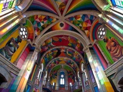 Astúrias: La Iglesia
