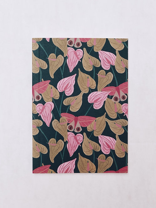 caderno wildness • estampa antúrios rosa e verde