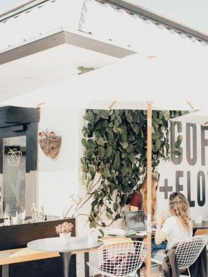 San Diego: Communal Coffee