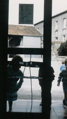 Damiers - 1987 - école maternelle - Ville de Compreignac (87)