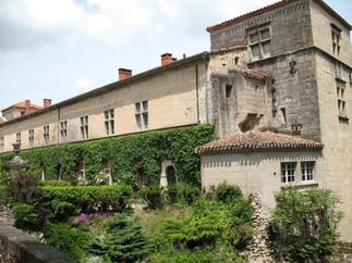 Copy of Hauterive Chateau 4.JPG